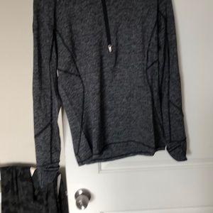 LuLulemon zip pullover